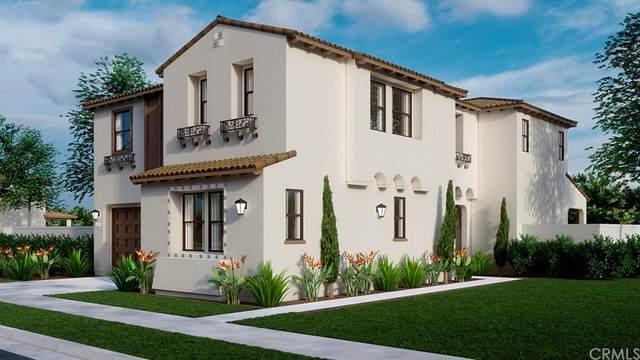 27563 Edgemont Drive, San Pedro, CA 90732 (#SW21171840) :: Go Gabby
