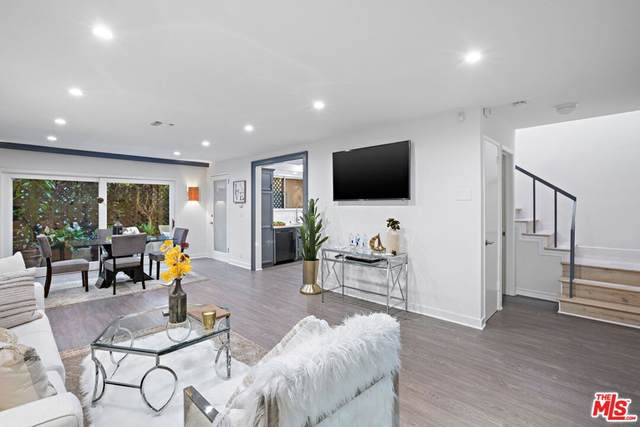 9015 Cynthia Street #3, West Hollywood, CA 90069 (#21768302) :: Steele Canyon Realty