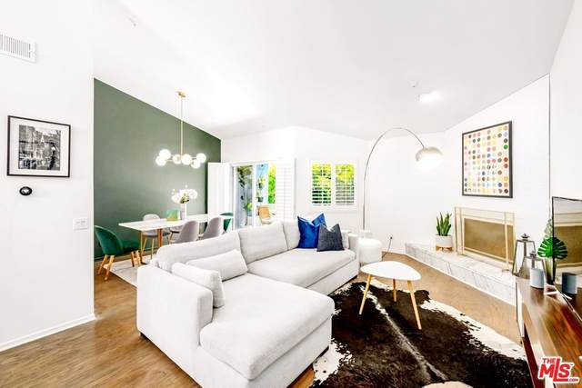 1222 N Kings Road Ph11, West Hollywood, CA 90069 (#21769184) :: Steele Canyon Realty
