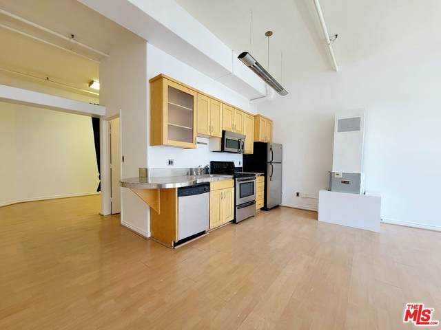 312 W 5Th Street #513, Los Angeles (City), CA 90013 (#21769284) :: Mainstreet Realtors®