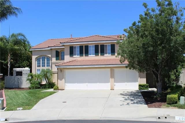 29986 Yorkton Road, Murrieta, CA 92563 (#SW21172546) :: Latrice Deluna Homes