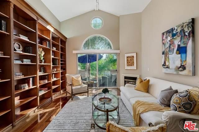 12067 Guerin Street #302, Studio City, CA 91604 (#21765130) :: BirdEye Loans, Inc.