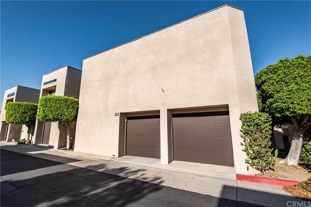 480 Village W, Palm Springs, CA 92262 (#CV21172411) :: Latrice Deluna Homes