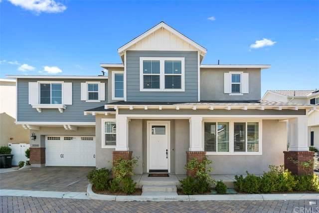 139 Woodflower Lane, Costa Mesa, CA 92627 (#NP21172421) :: Mainstreet Realtors®