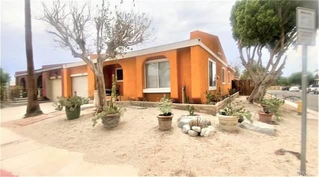 3230 N Sandspring Drive, Palm Springs, CA 92262 (#SR21172892) :: Steele Canyon Realty