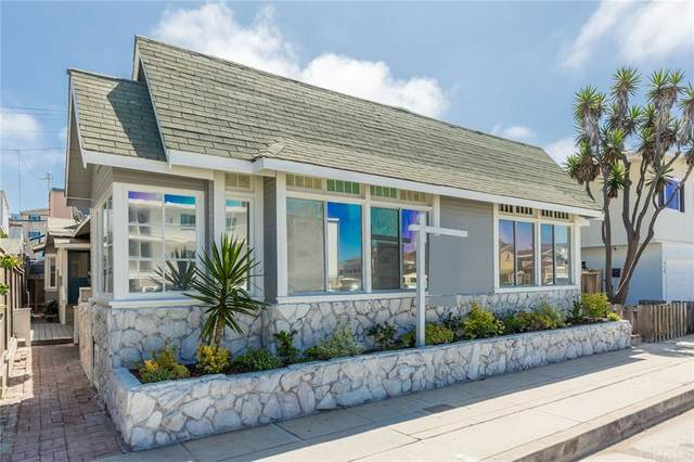 718 Hermosa Avenue, Hermosa Beach, CA 90254 (#SB21170201) :: Blake Cory Home Selling Team