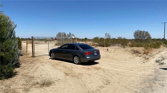 0 Vac/106Th Ste/Vic Avenue T, Sun Village, CA 93543 (MLS #SB21174527) :: Desert Area Homes For Sale