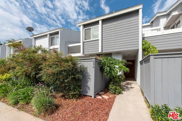 606 Thames Way #152, Costa Mesa, CA 92626 (#21771620) :: The Costantino Group   Cal American Homes and Realty