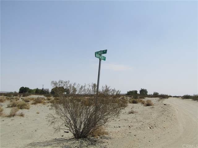 0 St Basil, El Mirage, CA 92301 (#CV21178835) :: Corcoran Global Living