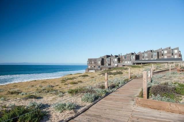 125 Surf Way #331, Monterey, CA 93940 (#ML81858572) :: Latrice Deluna Homes