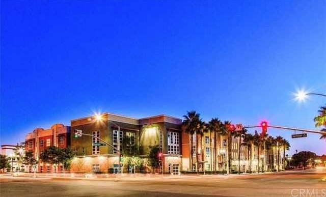 922 E Santa Ana Boulevard, Santa Ana, CA 92701 (#DW21175697) :: Better Living SoCal