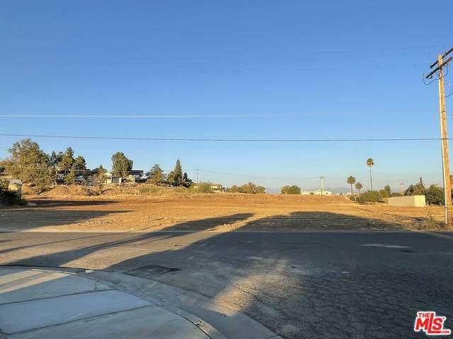 856 N G Street, Porterville, CA 93257 (#21775082) :: Jett Real Estate Group