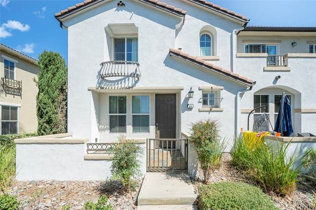 15723 Parkhouse Drive #44, Fontana, CA 92336 (#CV21188172) :: Corcoran Global Living
