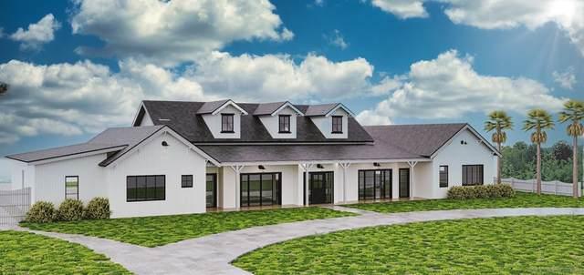 1349 S Crest Drive, Encinitas, CA 92024 (#210024628) :: Corcoran Global Living