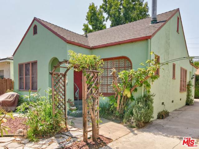 2805 Glenview Avenue, Los Angeles (City), CA 90039 (#21778180) :: Steele Canyon Realty