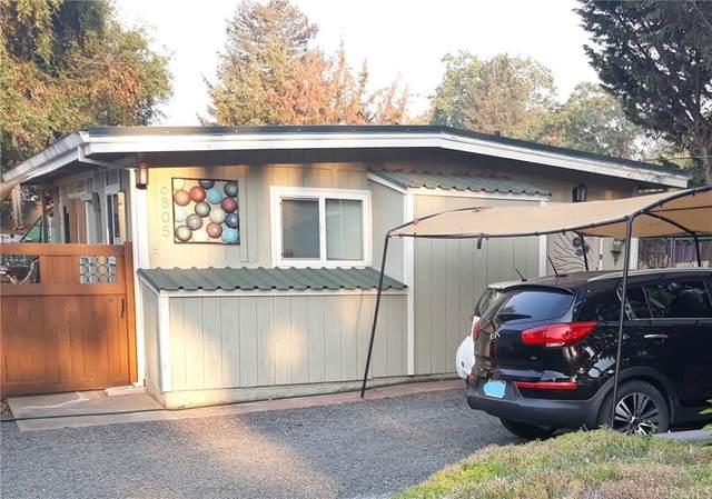 6805 Doris Circle, Lucerne, CA 95458 (#LC21193409) :: Corcoran Global Living