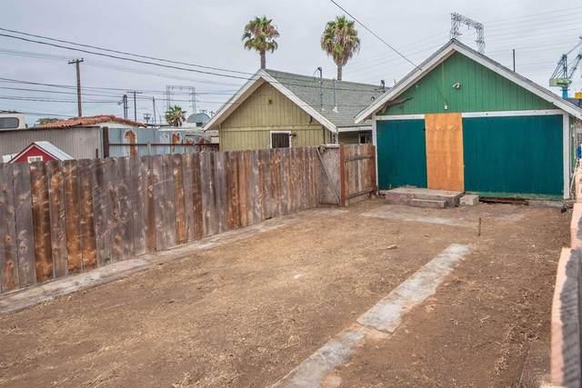 2674 Main St, San Diego, CA 92113 (#210024967) :: Steele Canyon Realty