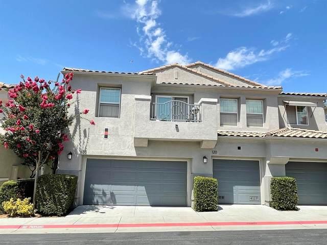 122 Trilogy, San Marcos, CA 92078 (#210024988) :: Corcoran Global Living