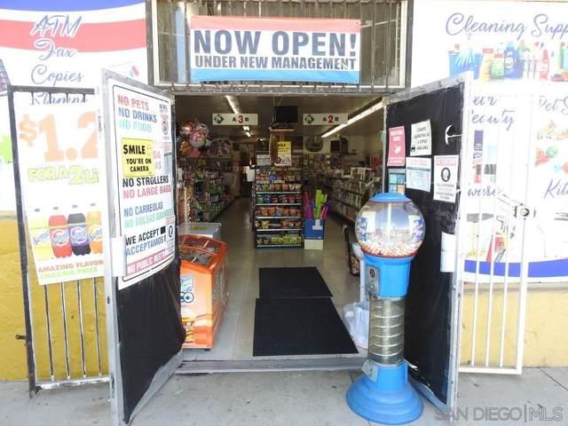 2370 Reo Drive, San Diego, CA 92139 (#210024985) :: Corcoran Global Living