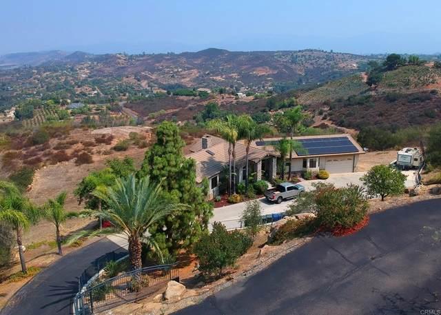 13005 Via Suena, Valley Center, CA 92082 (#NDP2110329) :: Steele Canyon Realty