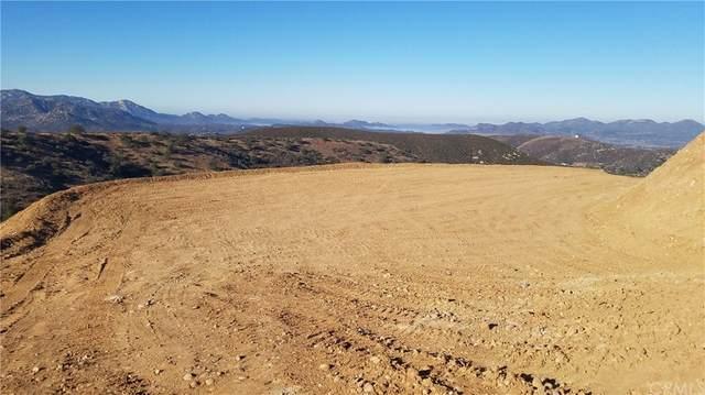 24545 Starlight Mountain Road, Ramona, CA 92065 (#OC21196116) :: Jett Real Estate Group