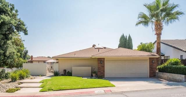 1412 Lemon Tree Circle, Upland, CA 91786 (#CV21197905) :: Corcoran Global Living