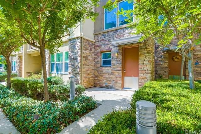 229 E Jeanette Lane, Santa Ana, CA 92705 (#OC21191471) :: Better Living SoCal