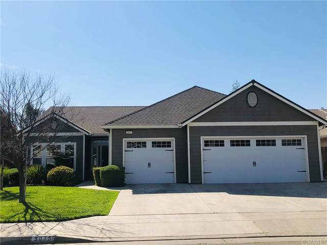 3075 N Carriage Avenue, Fresno, CA 93727 (#FR21198472) :: Steele Canyon Realty