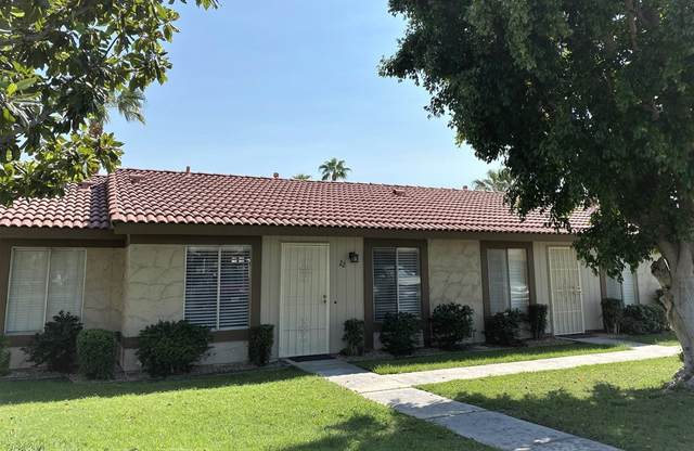 82075 Country Club Drive #22, Indio, CA 92201 (#219067282PS) :: Mark Nazzal Real Estate Group
