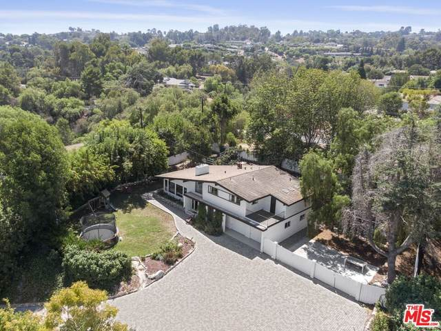 1 Pony Lane, Rolling Hills Estates, CA 90274 (#21778738) :: The Miller Group