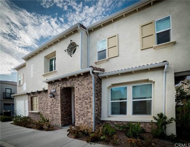 7155 Citrus Ave #322, Fontana, CA 92336 (#CV21198881) :: Corcoran Global Living