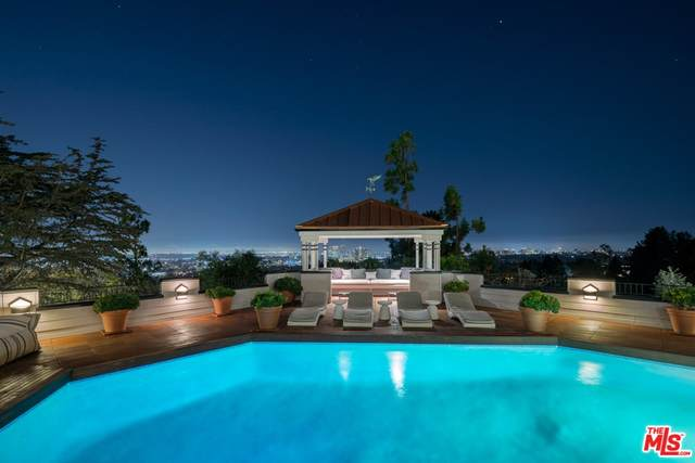 9360 Readcrest Drive, Beverly Hills, CA 90210 (#21781948) :: The Miller Group