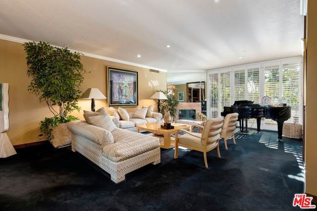 300 N Swall Drive #351, Beverly Hills, CA 90211 (#21781228) :: RE/MAX Masters