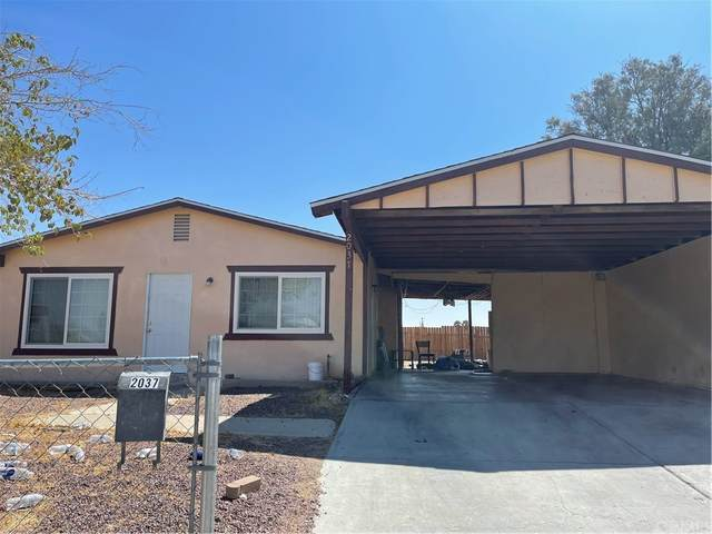 2037 Yosemite Drive, Barstow, CA 92311 (#CV21199471) :: Team Forss Realty Group