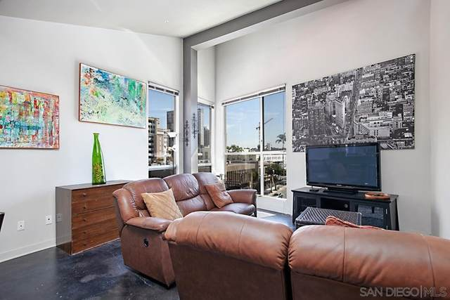 777 6Th Ave #427, San Diego, CA 92101 (#210025695) :: Rogers Realty Group/Berkshire Hathaway HomeServices California Properties