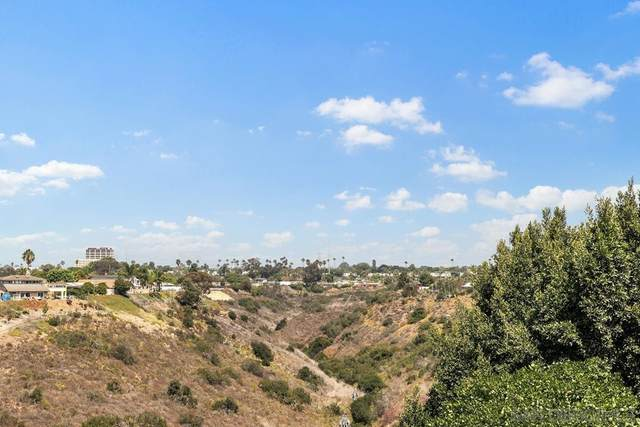 3751 Cowley Way, San Diego, CA 92117 (#210025707) :: Steele Canyon Realty