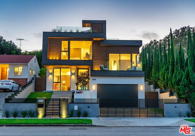 3029 Castle Heights Avenue, Los Angeles (City), CA 90034 (#21781634) :: Blake Cory Home Selling Team