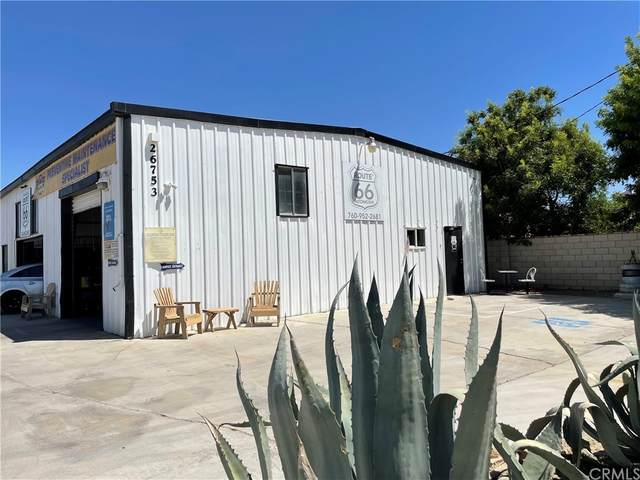 26753 Vista Road, Helendale, CA 92342 (#IV21200175) :: Jett Real Estate Group