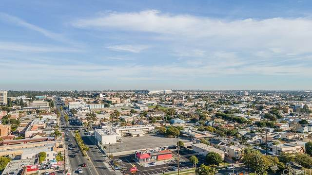 504 W Queen Street, Inglewood, CA 90301 (#SR21201230) :: Steele Canyon Realty