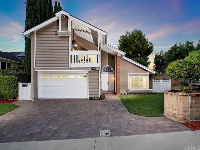 25586 El Capitan, Laguna Hills, CA 92653 (#PW21201345) :: Berkshire Hathaway HomeServices California Properties