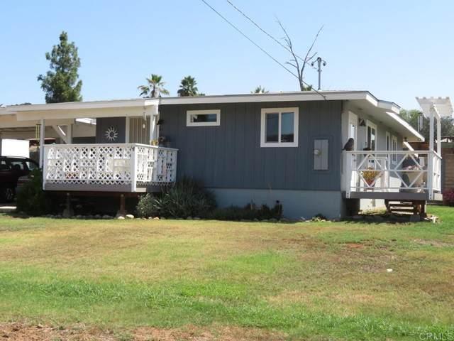 1578 S Citrus Avenue, Escondido, CA 92027 (#NDP2110645) :: Steele Canyon Realty