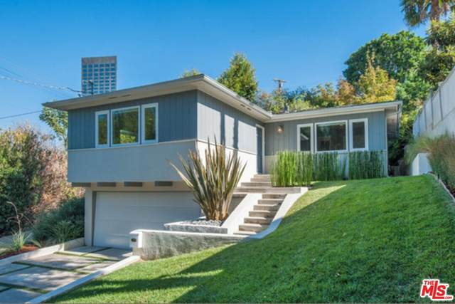 10818 Fruitland Drive, Studio City, CA 91604 (#21783396) :: The Marelly Group   Sentry Residential