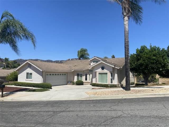 1756 Pinehurst Avenue, Escondido, CA 92026 (#CV21196255) :: Steele Canyon Realty