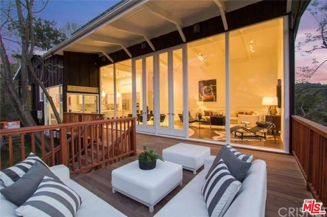 11783 Laurelcrest Drive, Studio City, CA 91604 (#21783702) :: The Marelly Group   Sentry Residential