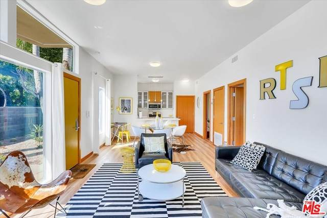 501 N San Vicente Boulevard, West Hollywood, CA 90048 (MLS #21783280) :: The Zia Group