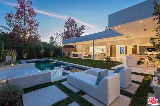 420 Evelyn Place, Beverly Hills, CA 90210 (#21783444) :: Steele Canyon Realty
