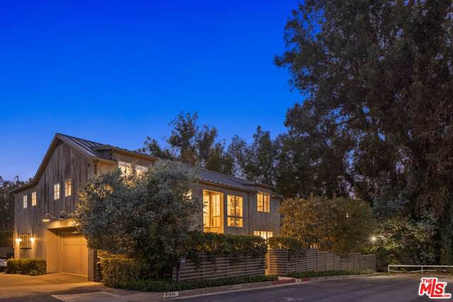 11938 Currituck Drive, Los Angeles (City), CA 90049 (#21783816) :: Wendy Rich-Soto and Associates