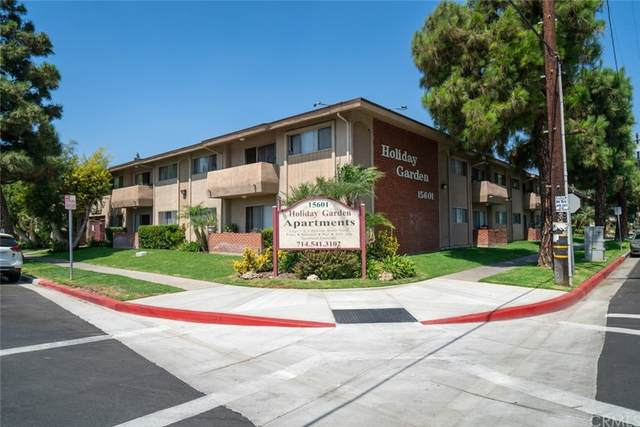 15601 Tustin Village Way, Tustin, CA 92780 (#OC21203705) :: Better Living SoCal