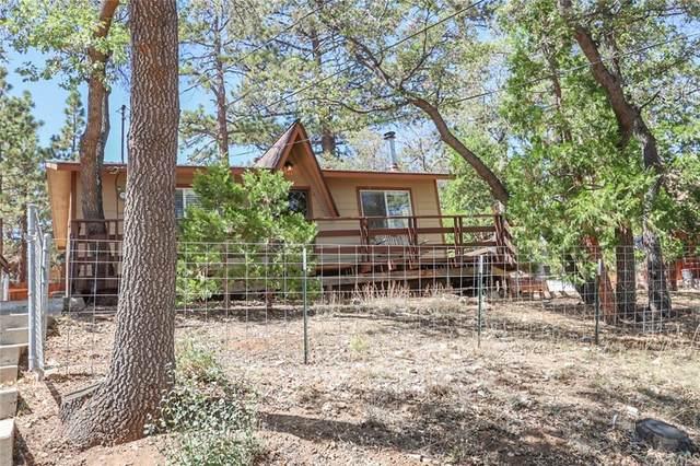 695 Villa Grove Avenue, Big Bear, CA 92314 (#EV21204406) :: Steele Canyon Realty