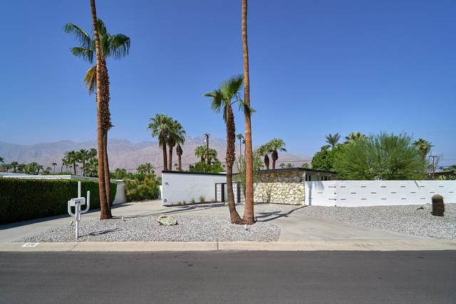 275 N Michelle Road, Palm Springs, CA 92262 (#219067618PS) :: Necol Realty Group